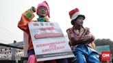 Acara yang digelar di Lapangan Monumen Nasional, Jakarta Pusat ini mengambil tema 'Merajut Persatuan dalam Kebhinekaan dan Millennial Safety Road'. (CNN Indonesia/Andry Novelino)