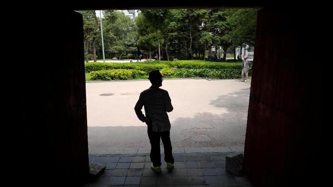 Alih-alih menghabiskan usia senja dengan tenang dan damai, para lansia di Korea Selatan justru kian aktif dan tak bisa diam. (REUTERS/Kim Hong-Ji)