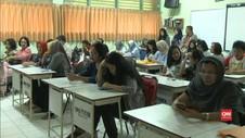 VIDEO: Antusiasme Siswa dan Orang Tua di PPDB SMA Jakarta