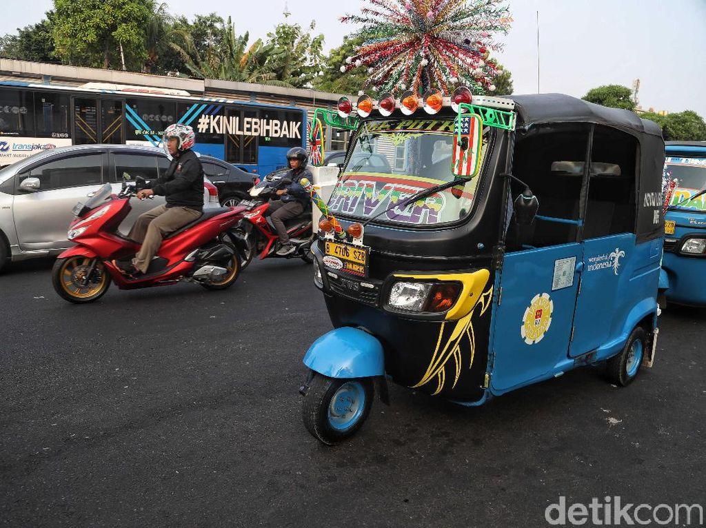 Kini telah tersedia sebanyak 60 armada GrabBajay di Jakarta Pusat.