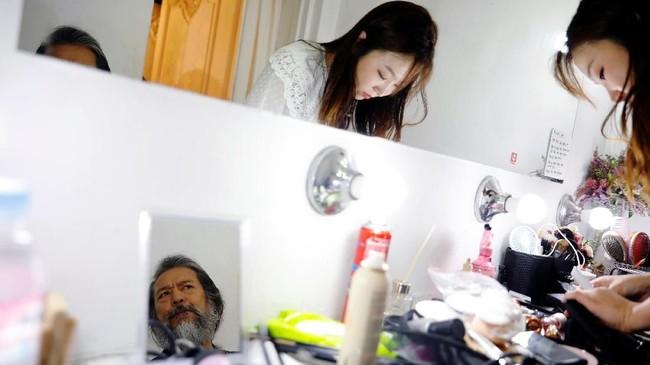 Para manula Korsel berbondong-bondong memasuki peluang karier yang tidak konvensional. (REUTERS/Kim Hong-Ji)