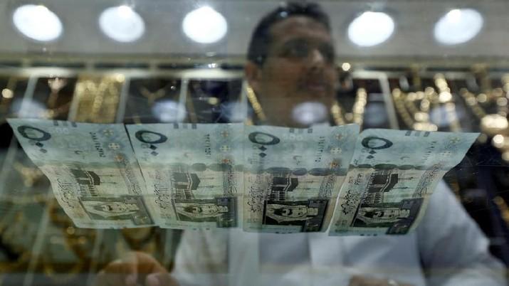 audi Riyal banknotes. Saudi British Bank reported profits up 8.8 per cent in third quarter. Faisal Al Nasser/Reuters