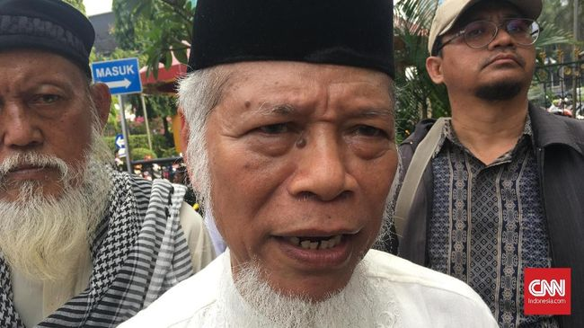 Eks Penasihat KPK Tuding MK Hindari Aksi Halalbihalal 212