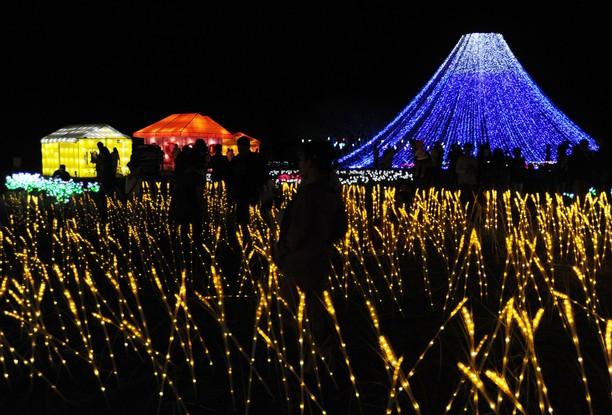 Terhanyut Keindahan Festival Cahaya di Bali