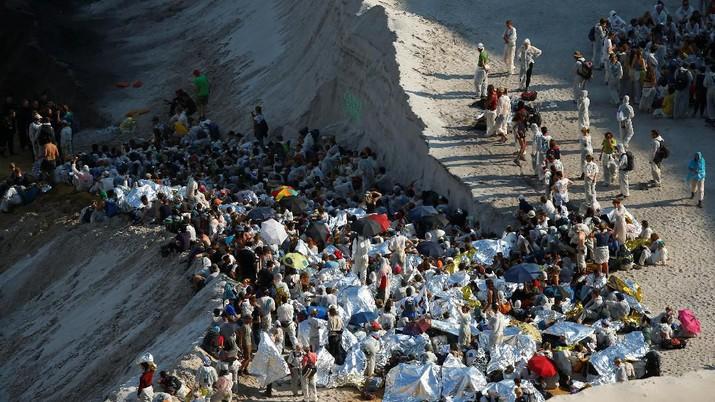Tolak Perubahan Iklim, Aktivis Demo Tambang Batu Bara