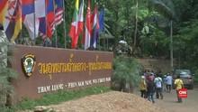 VIDEO: Bocah Gua Thailand Peringati Kematian Tim Penyelamat