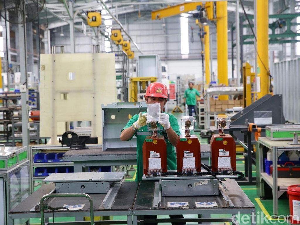 Pabrik di Cikarang ini juga menjadi pabrik Engineer-to-Order Schneider Electric terbesar di Asia.