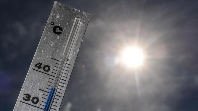 Hindari Heat Stroke dengan Kenali Tanda Tubuh yang Kepanasan