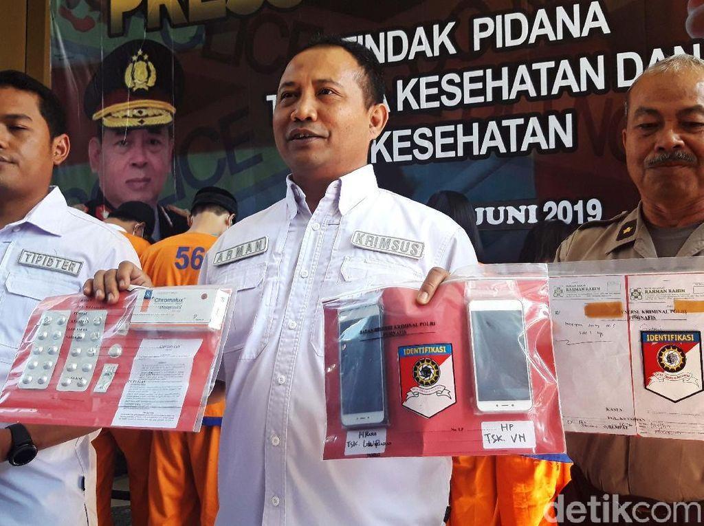 Wadirreskrimsus Polda Jatim AKBP Arman Asmara memberikan keterangan pers terkait pengungkapan kasus aborsi ini di Mapolda Jatim Jalan Ahmad Yani Surabaya, Selasa (25/6/2019).