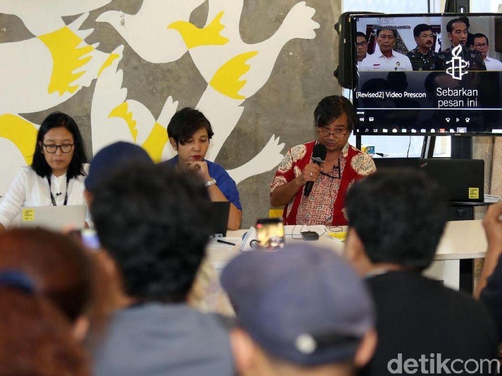 Dalam keterangan pers itu, Papang Hidayat, peneliti Amnesty International Indonesia, menyebut adanya pelanggaran HAM yang dilakukan oknum polisi di Kampung Bali, Tanah Abang, saat kerusuhan 22 Mei terjadi beberapa waktu lalu.