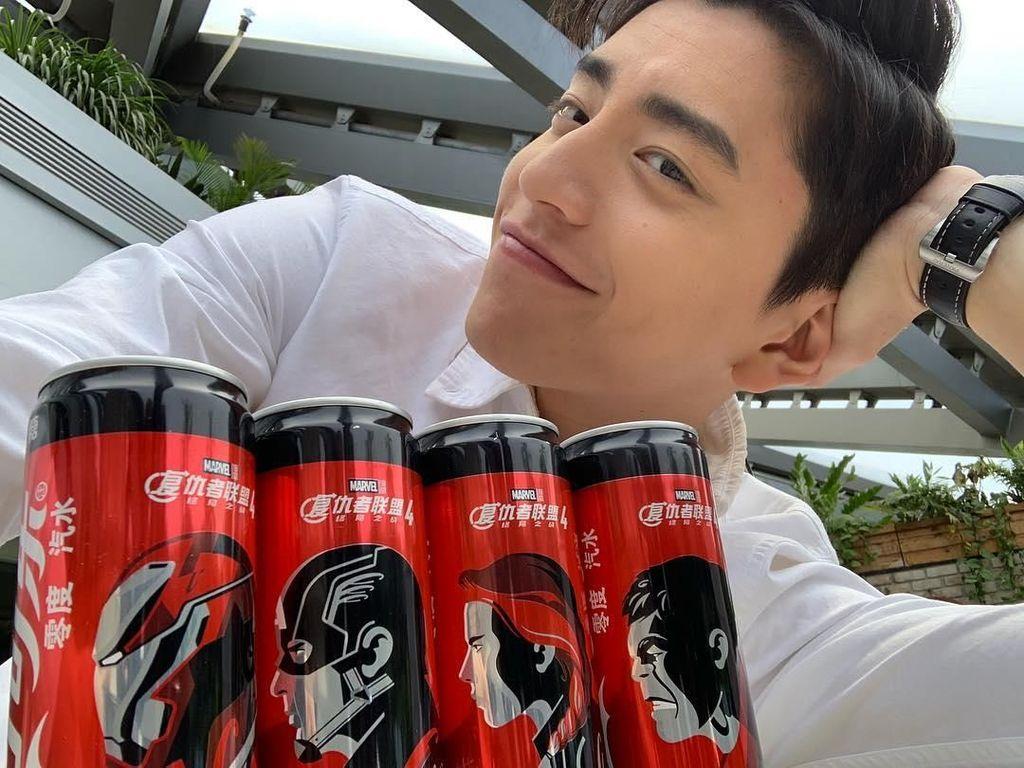 Darren Wang merupakan aktor asal Taiwan yang terkenal lewat perannya sebagai Hsu Tai Yu, di film Our Times. Lewat akun Instagramnya, Darren sering membagikan momen kulinerannya. Foto: Instagram @taluwang