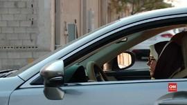 VIDEO: Hak Mengemudi Perempuan Saudi dan SIM yang Tertunda