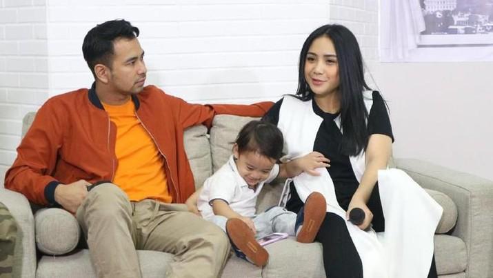 Raffi Ahmad, Nagita Slavina dan Rafathar (Joko Supriyanto/detikHOT)