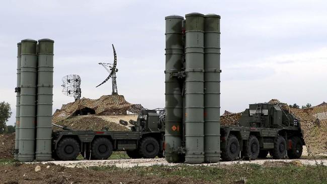 AS beralasan kelemahan jet tempur F-35 mereka bisa diketahui jika diuji bersama dengan rudal S-400 oleh Turki. Mereka juga khawatir rahasia jet mutakhir itu bisa jatuh ke tangan Rusia. (Paul GYPTEAU / AFP)
