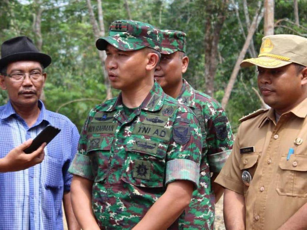 Dandim 0415/Batanghari Letkol Inf Widi Rahman menyampaikan akan menfasilitasi pemberian informasi kepada rekan-rekan wartawan sebagai pemburu berita selama meliput kegiatan TMMD. Pool/Pen Kodim.