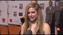 VIDEO: Avril Lavigne Siap Jalani Tur usai 5 Tahun Vakum