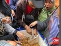 Nasi Bakar dan Tahu Gratis di Tengah Isu Racun Aksi Kawal MK