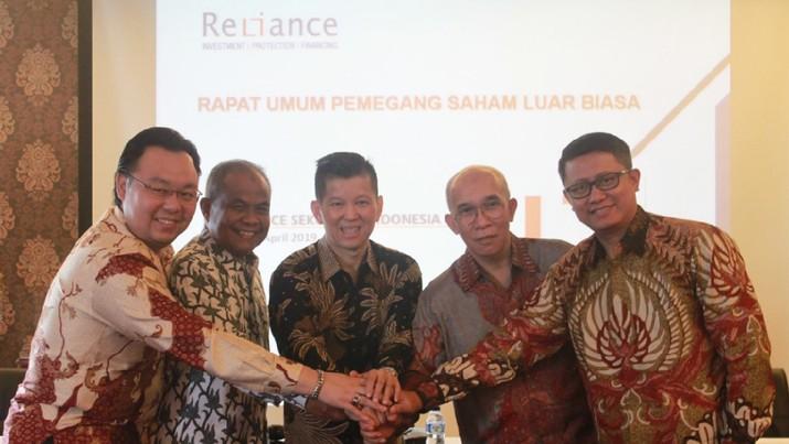 PT Reliance Capital Management (RCM) berencana melepas saham di BEI.