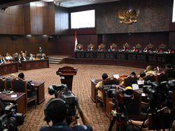 MK Anggap Keterangan Anas Suaidi Soal 'Kecurangan Bagian Demokrasi' Tak Relevan