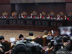 MK Jawab Gugatan Prabowo: Pelanggaran TSM Ditangani Bawaslu