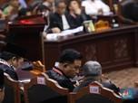Di Sela Skors, Yusril Pede Gugatan Prabowo akan Ditolak MK!