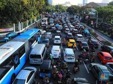 Anies Batasi Usia Kendaraan di DKI 10 Tahun, Mirip Singapura?