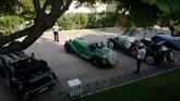 Maserati V4 spyder diproduksi mulai 1928 sampai 1931 merupakan saksi bahwa perusahaan berpengalaman memproduksi mobil berperforma. (Photo by VALERY HACHE / AFP)