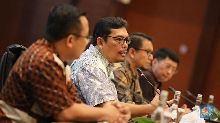 Manajemen PT Garuda Indonesia (Persero) Tbk (GIAA) kembali merespons hasil audit pemeriksaan laporan keuangan perseroan tahun 2018.