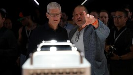 Bos Apple Bantah Jony Ive Keluar dari Apple Karena Kecewa