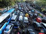 Awas! Ada 3 Juta Mobil di DKI Kena Pembatasan Usia Kendaraan