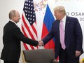 Dengan Senyum, Trump Sindir Putin Jangan Intervensi Pemilu AS