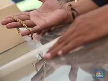 Harga Emas di Pegadaian Naik-Turun Nih, Tahan atau Lepas ya?
