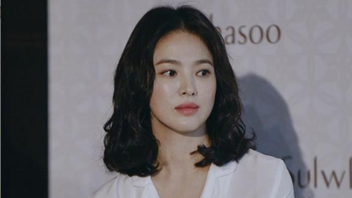 Doa & Cinta Song Hye Kyo untuk Para Pasien Terdampak Corona