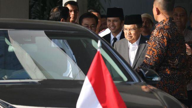 JK Sebut Kurangi Mobil Jadi Solusi Tekan Polusi Jakarta