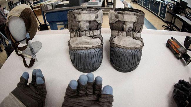 Kisah Perawat Benda-benda yang Dibawa Armstrong ke Bulan