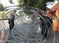 Polisi Lakukan Rekayasa Lalu Lintas di Depan Gedung KPU