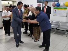 Dijenguk Jokowi di Rumah Sakit, Risma Malah Minta Maaf