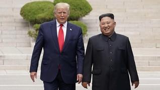 Kim Jong-un Undang Trump Datang ke Korut lewat Sepucuk Surat