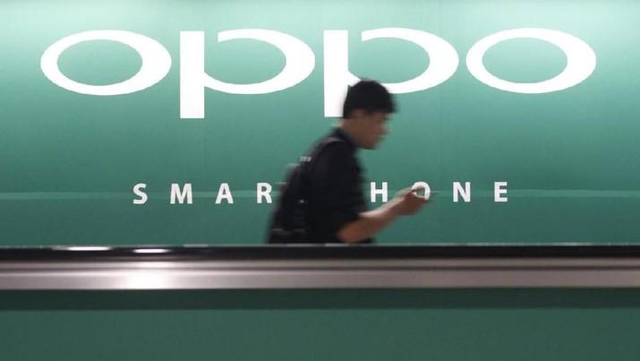Samsung kini bukan lagi penguasa pasar ponsel Indonesia. Posisi tersebut kini dikuasai oleh Oppo dan Vivo.