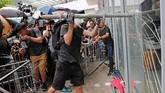 Demonstrasi ini bermula dari amarah warga atas pembahasan RUU ekstradisi yang kontroversial. Rencana regulasi itu memungkinkan seorang tersangka diadili di negara lain, termasuk China. (Reuters/Tyrone Siu)