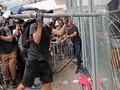 Gedung Parlemen Hong Kong Rusak Diserbu Pendemo