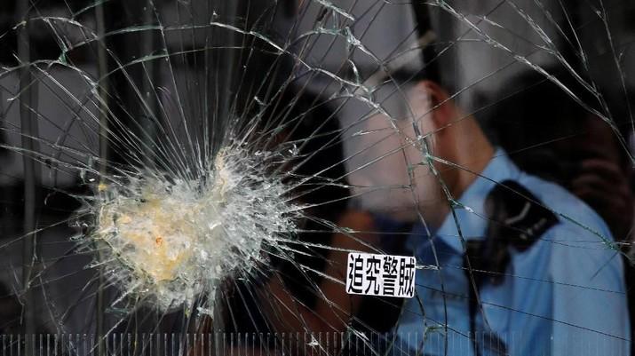 Polisi Amankan Gedung Parlemen Hong Kong Pasca Kerusuhan
