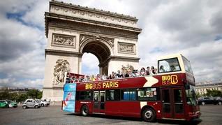 Paris Semakin Macet, Turis Diminta Naik Angkutan Umum