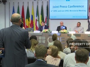 OPEC & Sekutu Pangkas Produksi Minyak