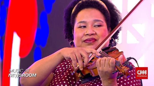 Music at Newsroom: Nonaria - 'Antri Yuk'