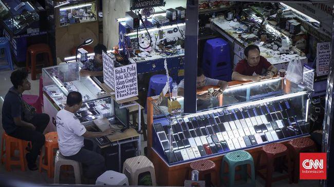 Kominfo Libatkan Operator Tindak Ponsel 'BM'