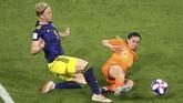 Belanda menghadapi Swedia di babak semifinal Piala Dunia Wanita 2019. (REUTERS/Lucy Nicholson)