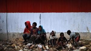 FOTO: BBM Satu Harga, Berkah Warga Kampung Obano Papua