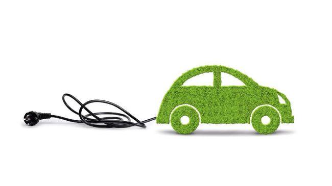 Perpres Kendaraan Listrik Tertibkan Mobil Bensin