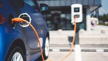 Pengamat Ramal Mobil Listrik Tak Serta Merta Tekan Impor BBM